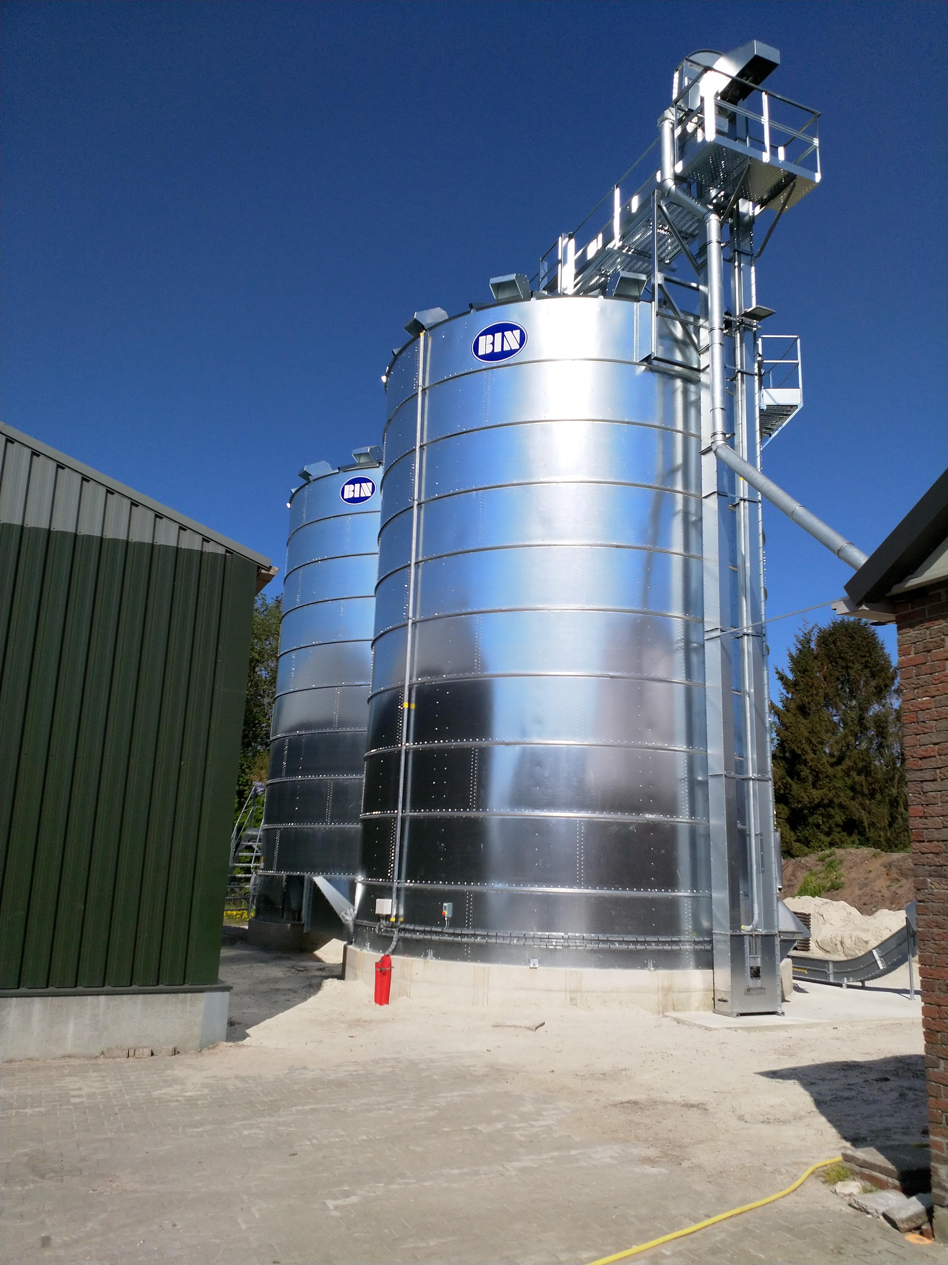 New grain storage in Meeden (NL)